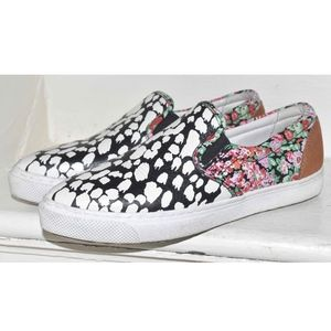 COACH Leopard Floral Pointy Toe Sneakers Size 5